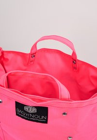 Bag N Noun - TOOL BAG - Tote bag - pink - 4