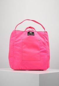 Bag N Noun - TOOL BAG - Tote bag - pink - 0
