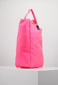 Bag N Noun - TOOL BAG - Tote bag - pink - 3