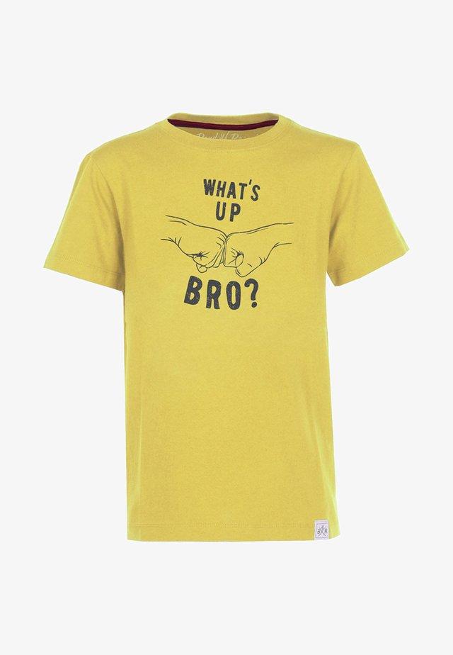 BRO - Print T-shirt - yellow
