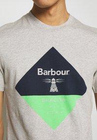 Barbour Beacon - DIAMOND TEE - T-shirt print - grey - 5
