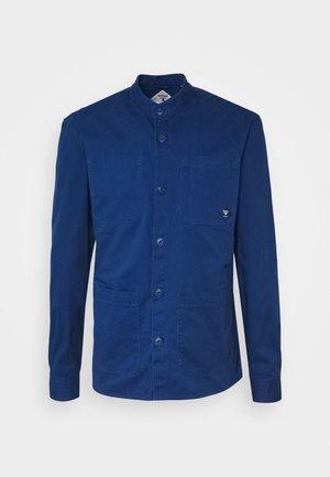 BRAMPTON  - Korte jassen - deep blue