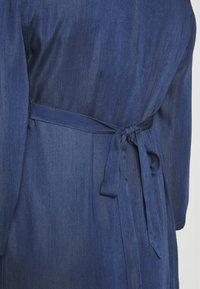 Balloon - DRESS WITH WRAP NECKLINE - Sukienka z dżerseju - blue - 4