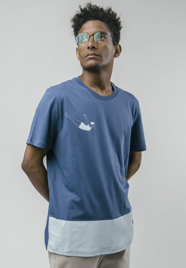 T-shirt z nadrukiem - blue