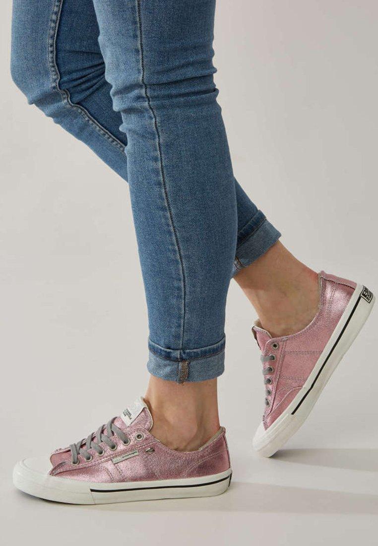 British Knights - CHASE - Sneakersy niskie - pink