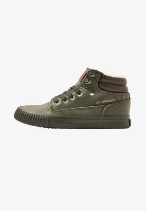 BUCK - Sneakersy wysokie - grey/olive