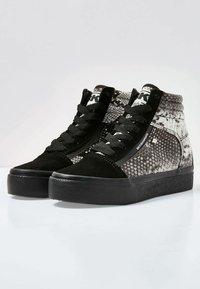 British Knights - MACK MID - Sneaker high - light gray/black - 3