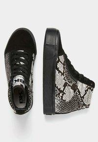 British Knights - MACK MID - Sneaker high - light gray/black - 2