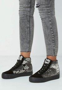 British Knights - MACK MID - Sneaker high - light gray/black - 0
