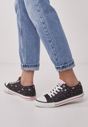 MASTER LO - Sneakers - black