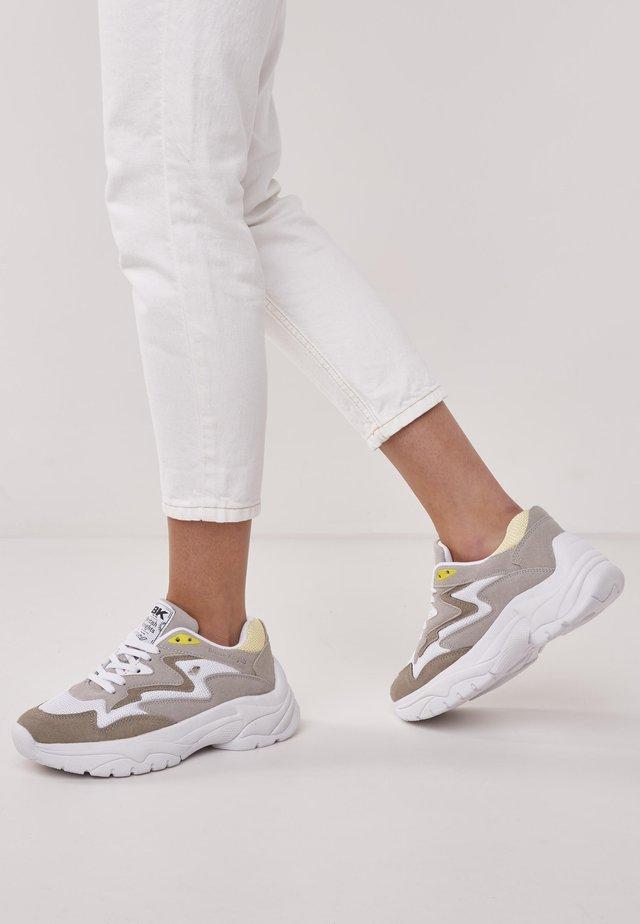 GALAXY - Trainers - beige/yellow