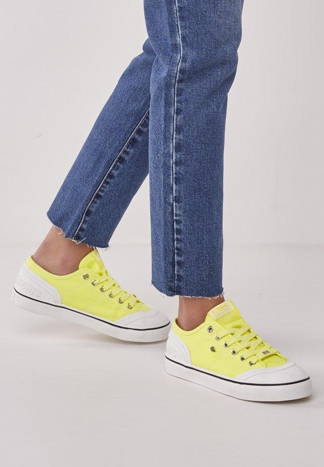 Tenisky - neon yellow