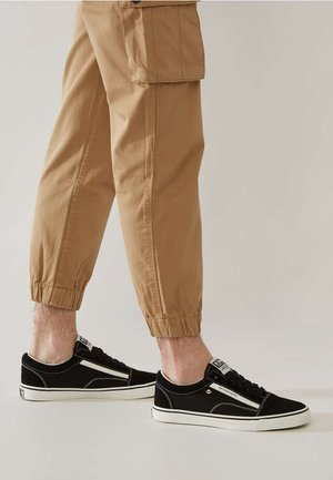 MACK - Sneakers - black