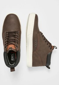 British Knights - WOOD - Sneakers laag - brown - 1