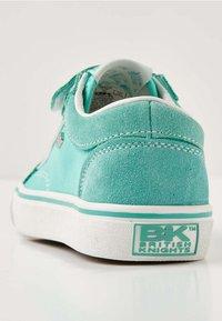 British Knights - MACK - Sneakers - mint green / white - 3