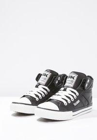 British Knights - ROCO - Zapatillas altas - black - 6
