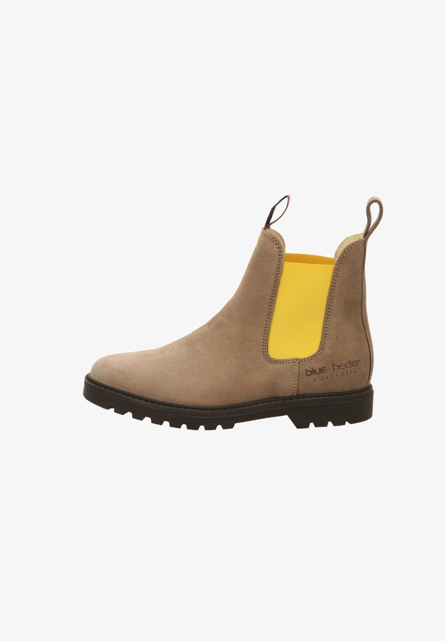 Classic ankle boots - cognacred