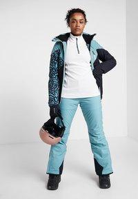 Brunotti - LAWN WOMEN SNOWPANTS - Ski- & snowboardbukser - polar blue - 1