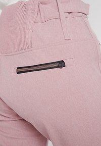 Brunotti - SILVERLAKE MELEE WOMEN PANT - Pantalon de ski - old rose - 6