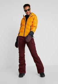 Brunotti - FIRECROWN WOMEN JACKET - Snowboardjas - autumn yellow - 1
