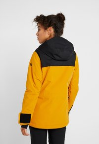 Brunotti - FIREBACK WOMEN SNOWJACKET - Snowboard jacket - autumn yellow - 2