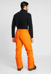 Brunotti - FOOTSTRAP MEN SNOWPANTS - Talvihousut - fluo orange - 3