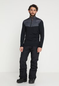 Brunotti - FOOTSTRAP MEN SNOWPANTS - Täckbyxor - black - 1