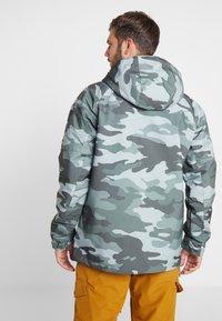 Brunotti - KINGERS MENS JACKET - Snowboard jacket - titanium - 2