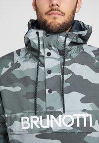 Brunotti - KINGERS MENS JACKET - Snowboard jacket - titanium - 4