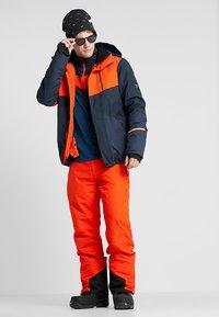Brunotti - IDAHO MENS SNOWJACKET - Laskettelutakki - heat - 1
