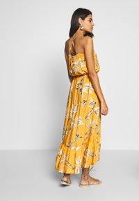 Brunotti - CIA WOMEN DRESS - Ranta-asusteet - autumn yellow - 2