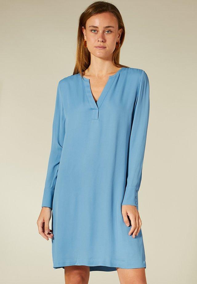 Korte jurk - smoke blue