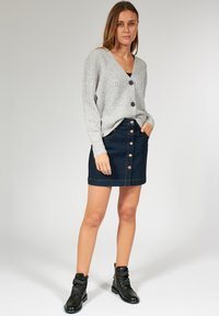 Bloom - BOXY  - Vest - light grey - 1