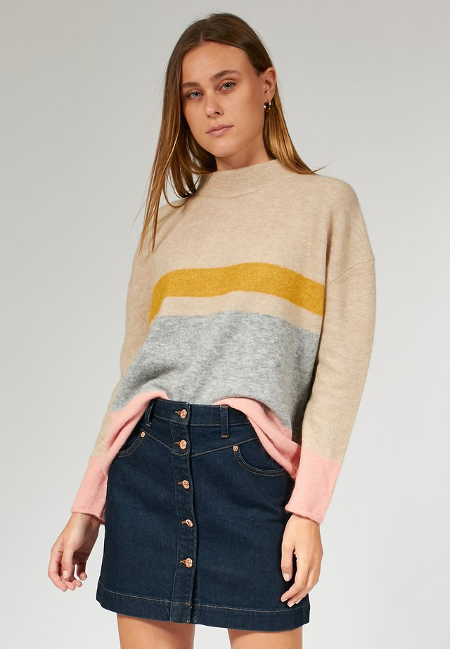 Pullover - sand/coral