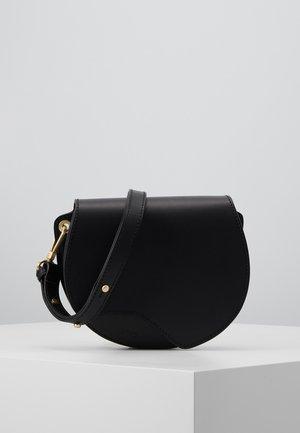 BEAUTY SHOULDER BAG - Taška spříčným popruhem - black