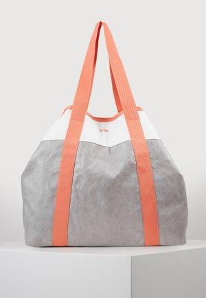 VARY SHOPPER - Tote bag - grey/white/sunset