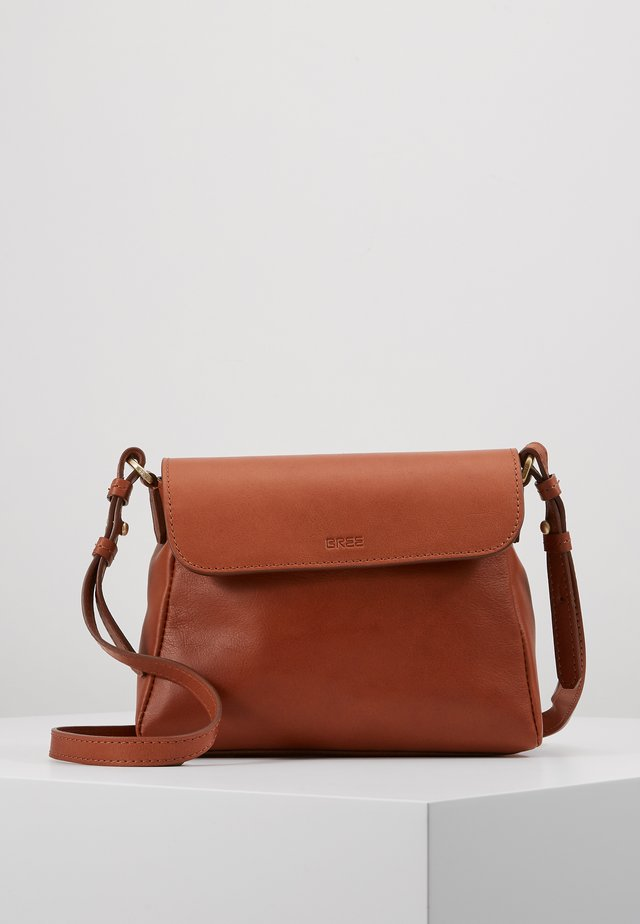 STOCKHOLM 56 CROSS BODY BAG - Umhängetasche - argan oil