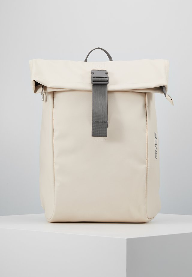 PUNCH BACKPACK - Tagesrucksack - tapioka