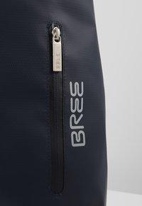 Bree - PUNCH  - Reppu - blue - 6