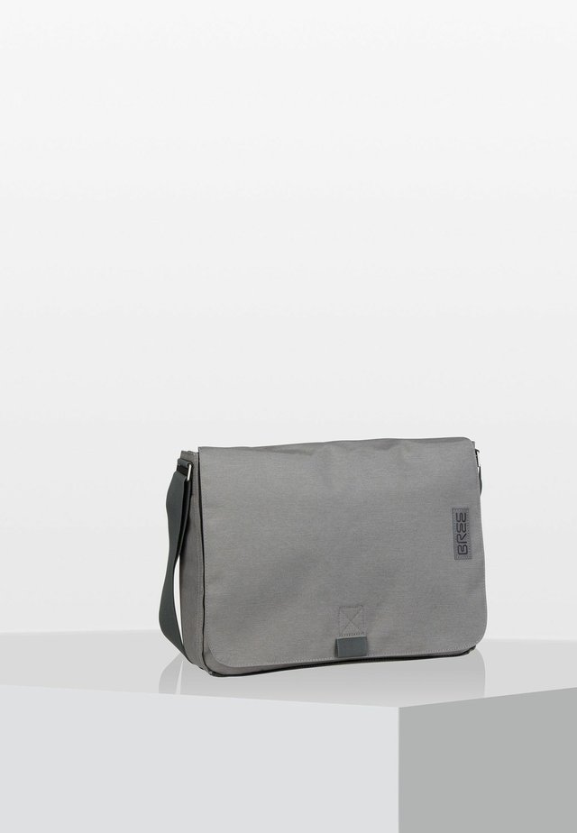 PUNCH STYLE - Across body bag - grey
