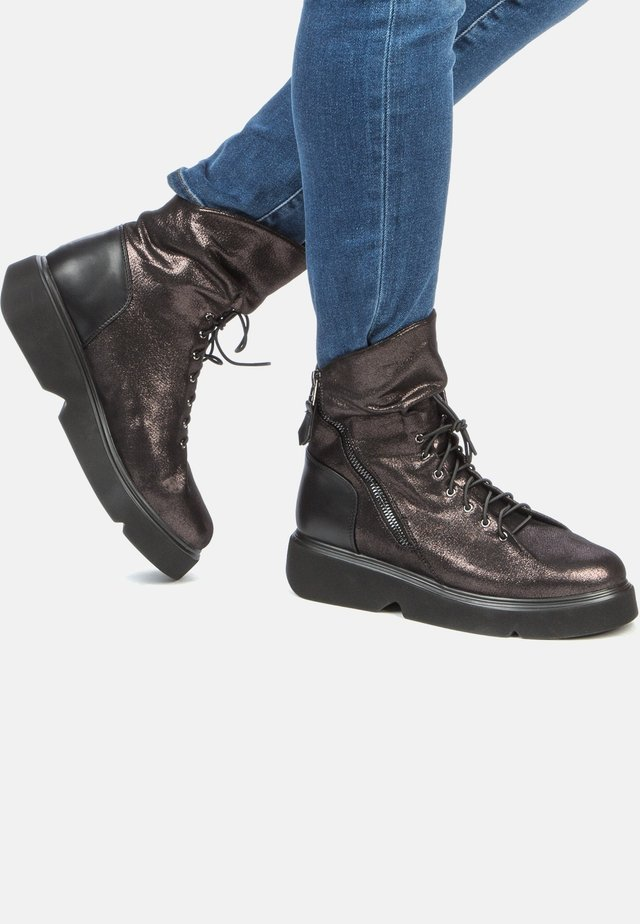 Platform ankle boots - dark bronze