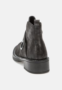 Betsy - Classic ankle boots - dark silver - 4