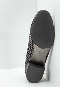 Betsy - Classic heels - black - 5
