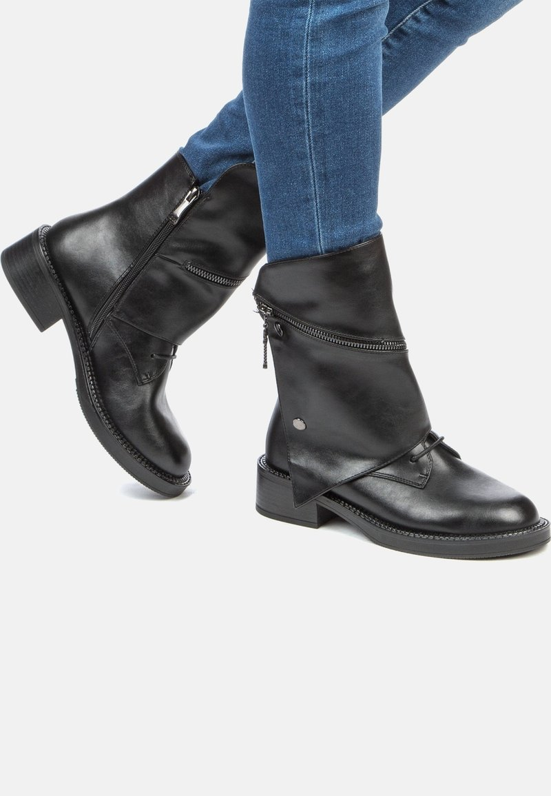 Betsy - Classic ankle boots - black