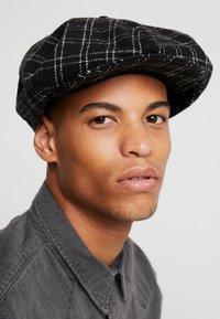 Brixton - OLLIE CAP - Huer - black/bone - 1