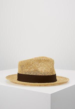 SWINDLE STRAW FEDORA - Hat - dark tan
