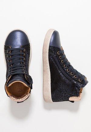 TRAINERS - Sneakersy wysokie - navy