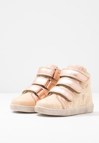 Bisgaard - TRAINERS - High-top trainers - creme - 3