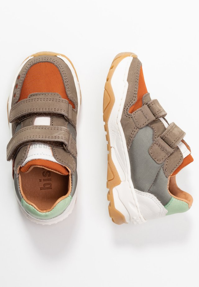 LAUGE SHOE - Sneakers - taupe