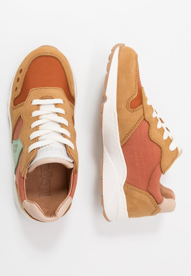 VIGGA LACE SHOE - Trainers - camel